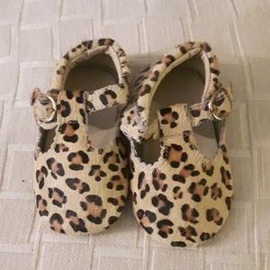 size 5 baby girls fur suede cheetah booties
